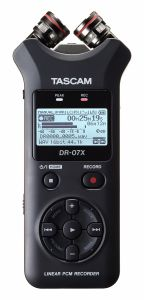 242373 Tascam DR-07X Tragbarer Audiorecorder und USB-Interface - Perspektive