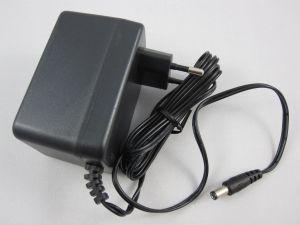 242764 Numark PT01 Scratch Netzteil 12VDC 500mA 220V (EU) - Perspektive