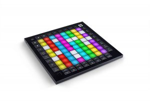 243783 Novation Launchpad Pro MK3 - Perspektive