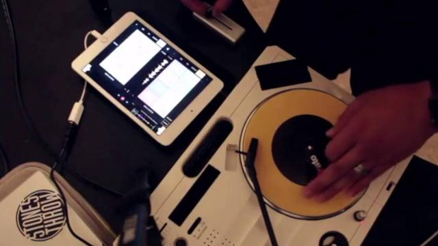 Users Session - Mixfader with Vestax Handytrax by DJ Relyt