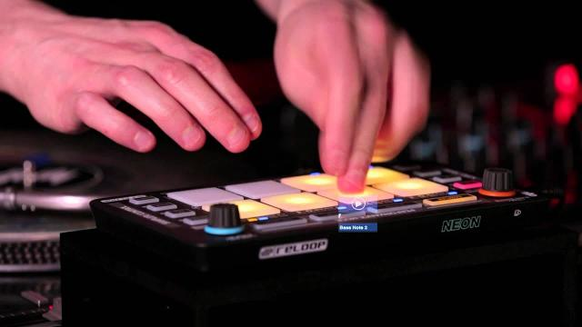 Reloop Neon Add-On DJ Controller - Serato DJ Performance Drum Pad Modular Controller (Introduction)