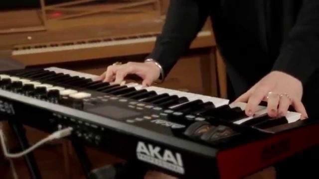 Advance Keyboards - In the Studio with Morgan Kibby