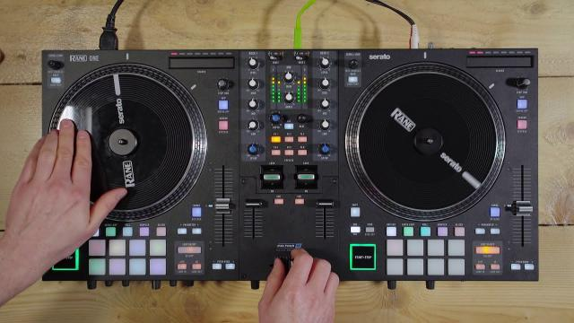 Hands On: RANE ONE - DJ-Controller (englisch)