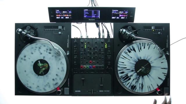 Serato DJ with the Numark Dashboard
