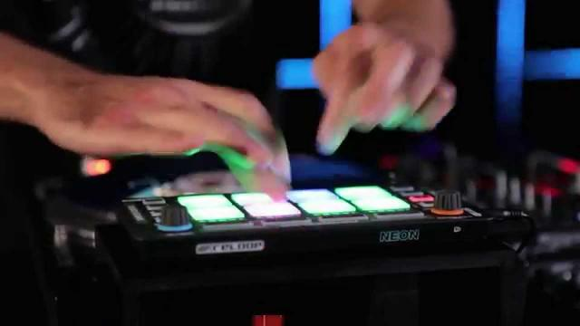 LED Club Turntablism vs Reloop NEON (feat. DMC Champ JFB)