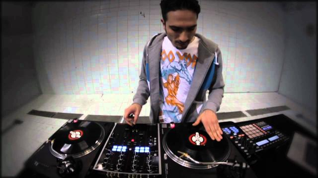 DJ Unkut Demonstrates TRAKTOR Native Scratch Technology | Native Instruments