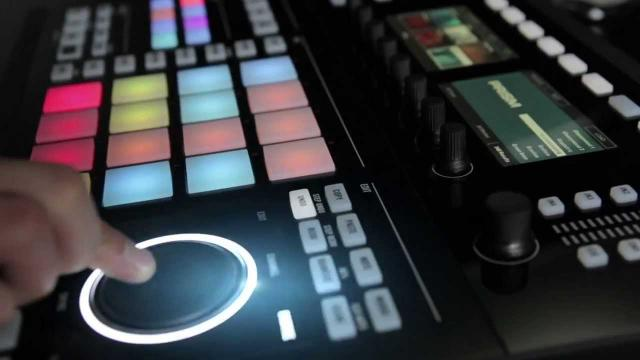 Announcing Maschine Studio