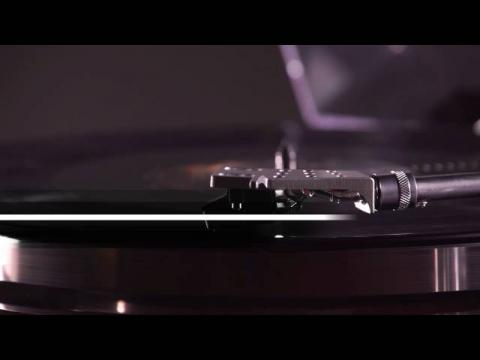 Introducing the BT500 Bluetooth Turntable