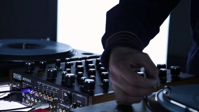 Serato DJ - Rane MP2015 with Frank Booker