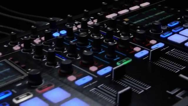 Introducing TRAKTOR KONTROL S5 - Compact. 4-channels. Stems-ready. | Native Instruments