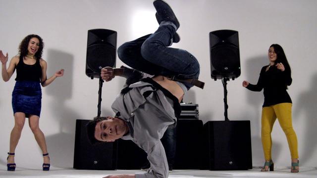 Mackie Thump Series 1000W Powered Loudspeakers - Get Louder. Get Lower