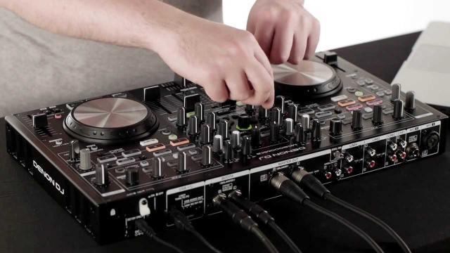 Denon DJ MC6000MK2 Controller / Digital Mixer Overview