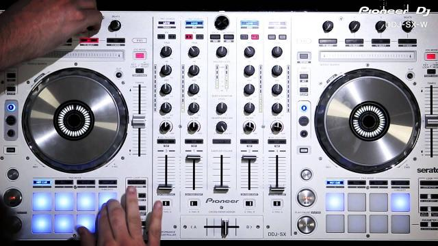 DDJ-SX-W Pearl White Serato DJ Controller