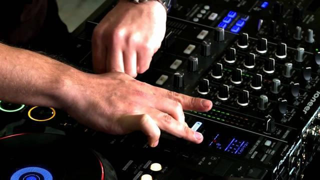DJM-900nexus Official Walkthrough with James Zabiela