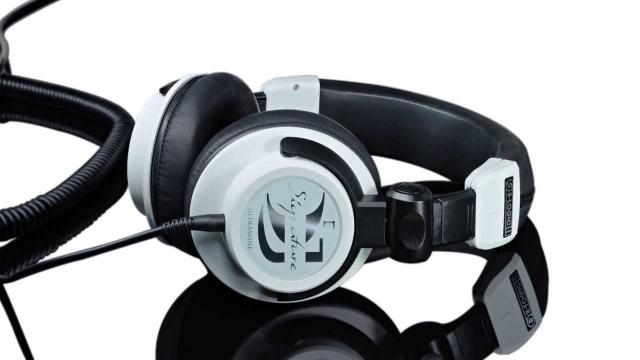 Ultrasone - THE Headphone Company | Signature Kopfhörer