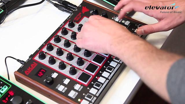 Elevator Vlog - Folge 49: Akai Rhythm Wolf (deutsch)